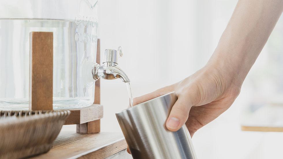 Os Benefícios da Água Alcalina Ionizada para sua saúde